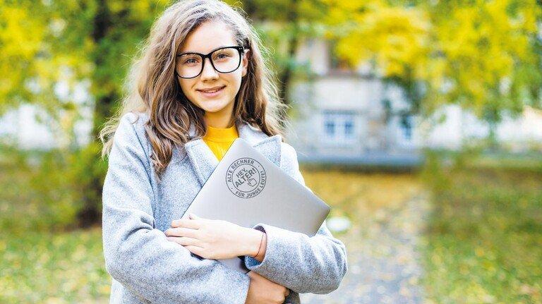 Topfit: Gebrauchte Rechner mit frischem Betriebssystem gehen an Schüler in der Region. Die Stiftung NiedersachsenMetall sorgt für die Vermittlung.