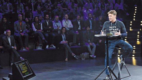 Aktuell: Das Audi-Blog berichtet über Veranstaltungen, wie hier mit dem Interims-Vorstandschef Bram Schot. Foto: Audi