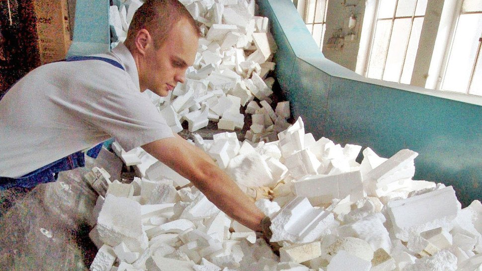 Gebrauchtes Styropor: Das für Verpackungen genutzte Material wird bereits zum Teil wiederverwertet.