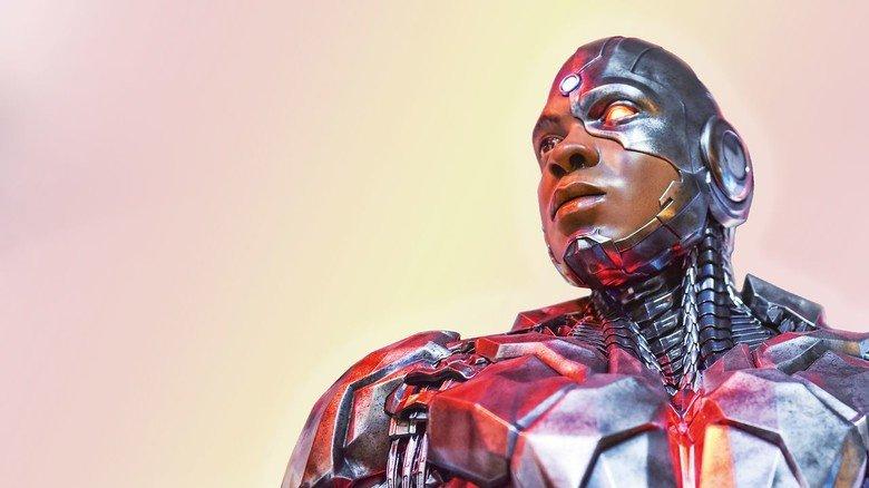 """Hybride aus Haut und Hightech: Cyborg aus der Actionsaga """"Justice League"""". Kommt uns der bald auf der Straße entgegen?"""
