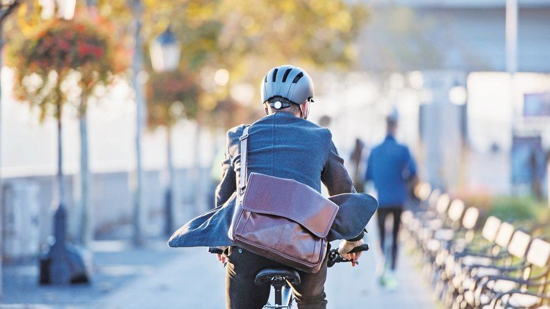 Ab zur Arbeit: Pendler nutzen derzeit verstärkt das Fahrrad für den Arbeitsweg.