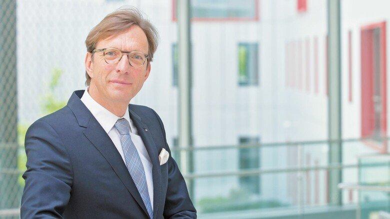 """Wolf Matthias Mang, Vorstandsvorsitzender Hessenmetall: """"Trotz Corona nimmt die Digitalisierung bei unseren Unternehmen weiter Fahrt auf."""""""