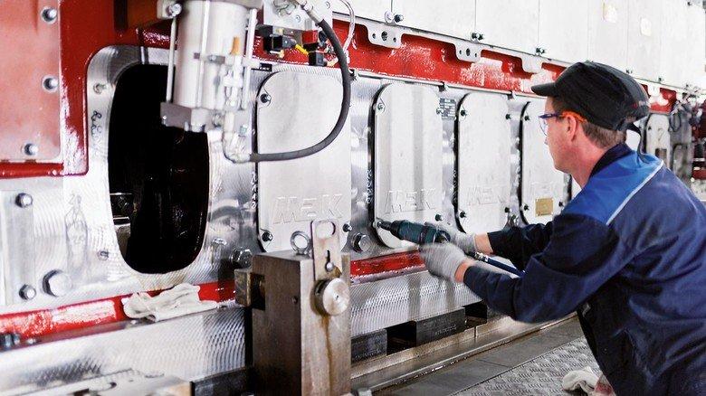 Attraktiver Job: Bei Caterpillar Motoren in Warnemünde arbeiten momentan rund 120 Beschäftigte.