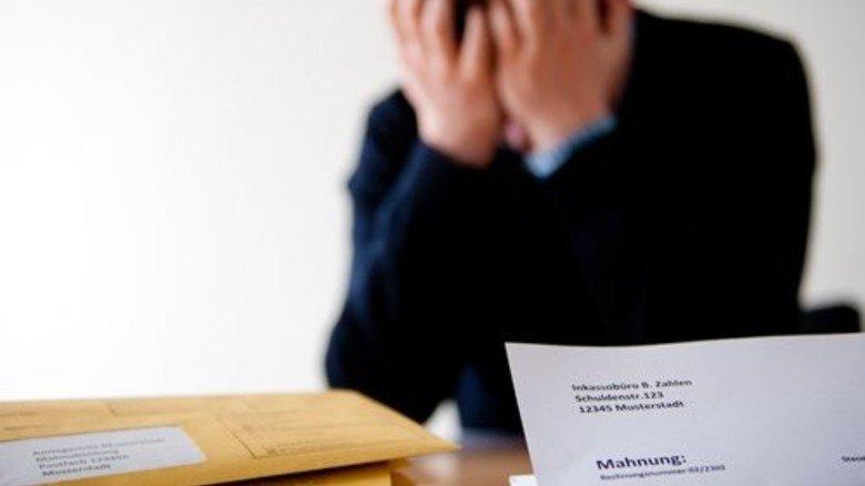 Mahnbescheide: Viele Verbraucher gehen viel zu spät zur Schuldnerberatung. Foto: Straßmeier