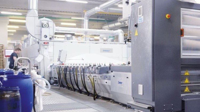 Moderne Druckmaschine: Restfarben werden bei Bierbaum komplett wiederverwertet. Foto: Werk