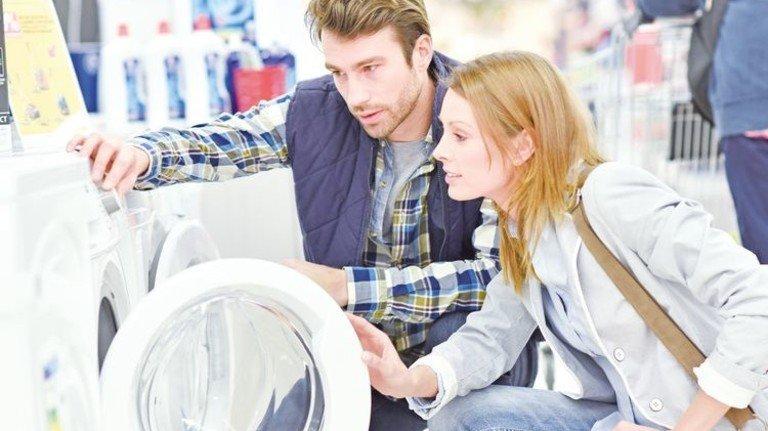 Sparsam: Neue Großgeräte verbrauchen oft viel weniger Strom. Foto: goodluz - stock.adobe.com