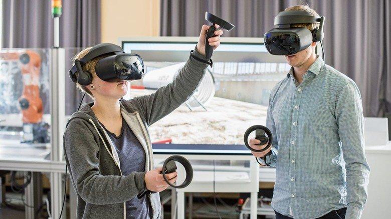 Neue Sicht: VR- und AR-Brillen verändern die Arbeitsweisen in der Luftfahrtbranche.