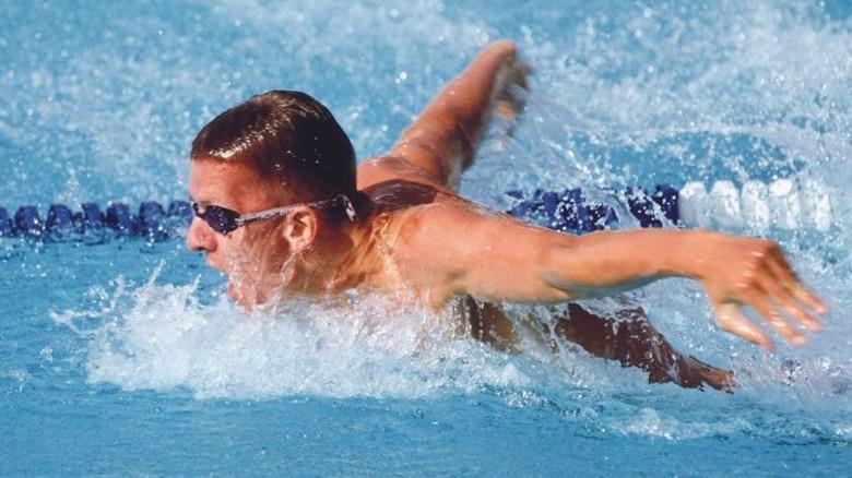 """Flog anderen davon: Der Schwimmer Michael Groß, Spitzname """"Albatros"""". Foto: dpa"""