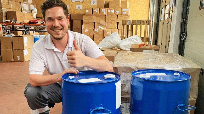 Beschenkt: Das DRK Morsbach freut sich über Desinfektionsmittelspenden.
