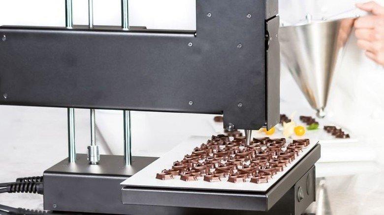 Gedruckt statt gespritzt: Individuelle Formen aus Schokolade. Foto: Bocusini/Print2taste