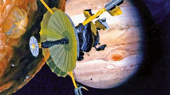 """Planmäßig verglüht: Die Nasa-Raumsonde """"Galileo"""" (grafische Darstellung) hatte wichtige Erkenntnisse über den Jupiter und seine Monde geliefert Foto: Nasa / picture-alliance / dpa"""