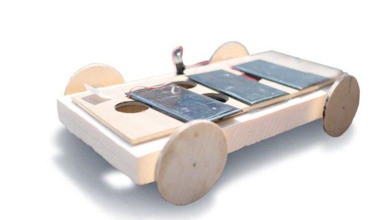 Einfach gebaut: Dieses Modell aus Holz holte im Finallauf den ersten Platz. Foto: Kunte