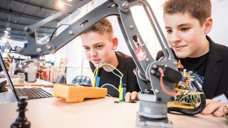 """""""Modell+Technik"""": Auf dieser Messe locken spannende Experimente, auch für Kinder. Foto: Veranstalter"""