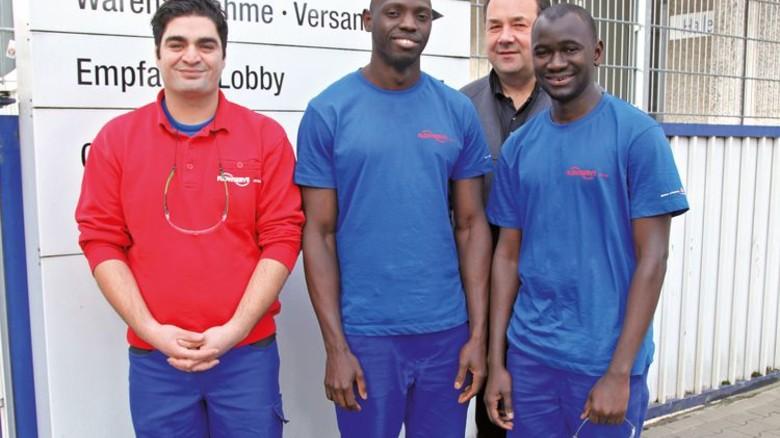 Starkes Team: Nima Esmaili, Ansumana Jammeh, Carsten Schlegel und Abdou Karim Diallo (von links). Foto: GUS