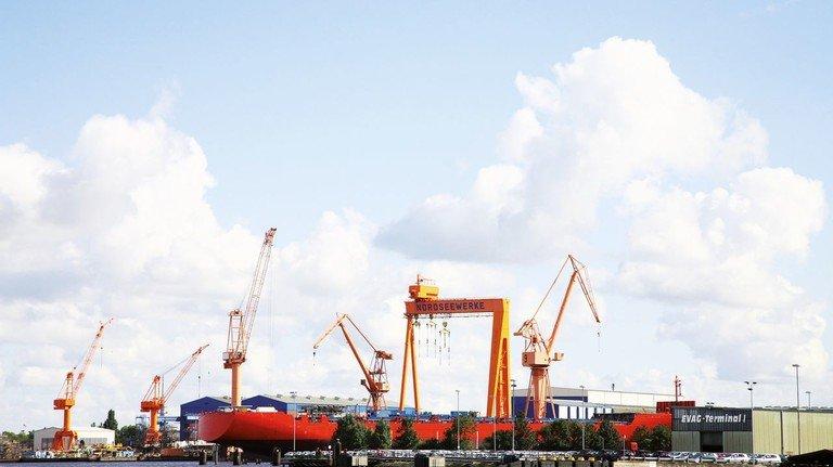 Schiffbau seit 1903: Die Werft in Emden zählte lange zu den wichtigsten Arbeitgebern Ostfrieslands.