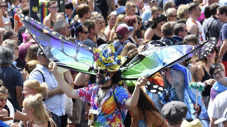 Wir stehen dazu: Auch in unserer Region zieht es jedes Jahr Tausende zum Christopher Street Day.