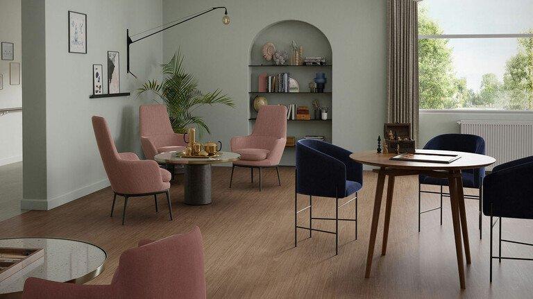 Beispielboden: So könnte Serene Oak in einem Seniorenwohnheim aussehen.