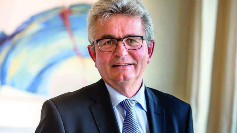 Bertram Brossardt, Hauptgeschäftsführer der bayerischen Metall- und Elektroarbeitgeberverbände bayme und vbm, ist überzeugt: Die Digitalisierung ist eine Chance für bayerische Unternehmen.