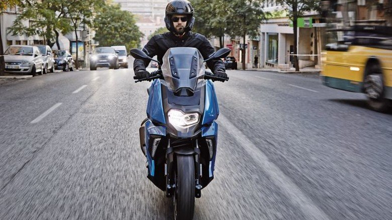 Für den Großstadt-Dschungel: Der neue C400X. Foto: BMW