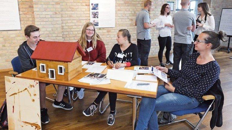 Volles Haus: Jugendliche beim Schülerwettbewerb Webasto Drive. Foto: Nordmetall