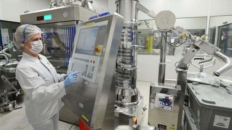 Hochmodern: Bei Menarini Dresden werden Tabletten für die ganze Welt gefertigt.
