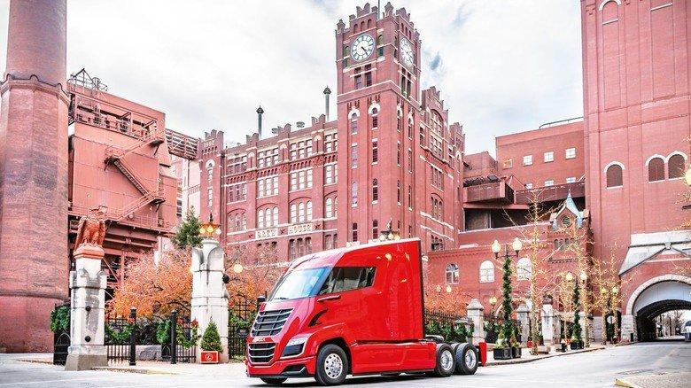 Sauberes Kraftpaket: Der Nikola Two. Die US-Brauerei Anheuser-Busch hat 800 Stück von dem Brennstoffzellen-Truck bestellt.