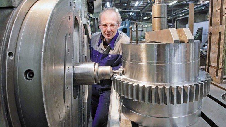 Produktion beim Auto-Zulieferer: Die Mitarbeiter von G+F Strate in Laatzen fertigen viele Spezialteile. Foto: Gossmann