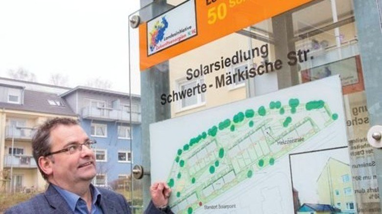 Es hat sich gelohnt: Ralf Grobe von der Wohnungsbaugenossenschaft GWG in Schwerte berichtet über eine erhebliche Heizkosten-Ersparnis. Foto: Straßmeier