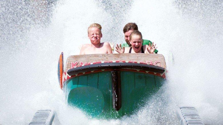 """Spritzig: Im dänischen Safaripark Knuthenborg baute HAB mit """"Congo Splash"""" die steilste Wasserrutsche Europas."""