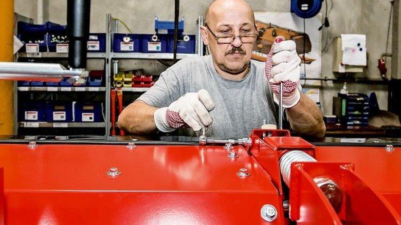 Montage: Im Hauptwerk des Unternehmens bei Ulm arbeiten 100Mitarbeiter. Foto: Mierendorf