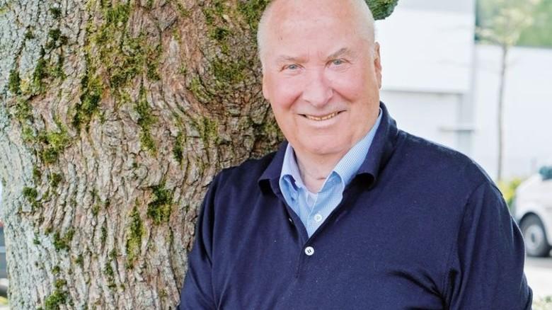 Bodenständig und weltoffen: Horst-Werner Maier-Hunke hat dias Familienunternehmen Durable groß gemacht. Foto: Nougrigat
