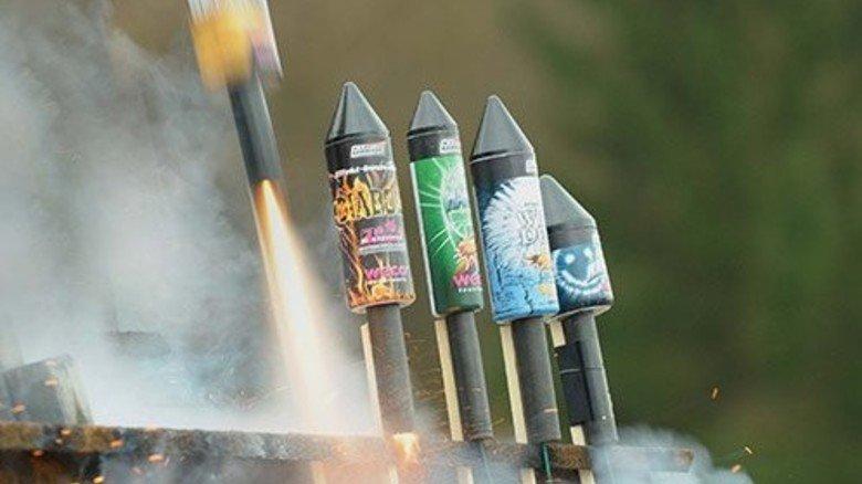 Abgehoben: Raketen sind seit Jahren der Knaller auf jedem Silvesterfest. Foto: Wirtz