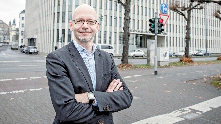 """""""Mit Wandel zu leben, ist die wahre Herausforderung"""", sagt Oliver Stettes, Arbeitsmarkt-Experte am IW Köln."""