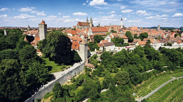 Mittelalter-Flair: Die historische Altstadt von Rothenburg ob der Tauber.