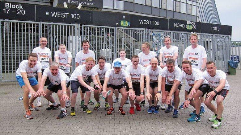 Tolles Team: Die Desma-Sportler vor dem Start des B2Run-Firmenlaufs in Bremen. Foto: Desma
