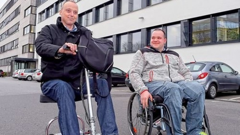 Auf Arbeit: Thomas Sondermann (links) und Kai Sicker. Foto: Sandro
