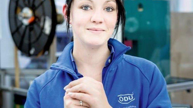 Motiviert: Melanie Frömmgen wird Maschinen- und Anlagenführerin. Foto: Schulz
