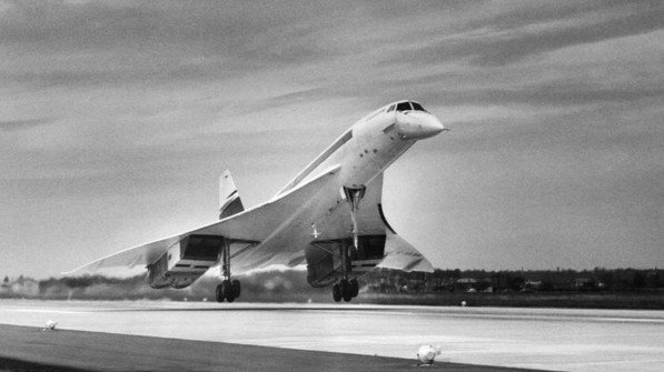"""Schneller als der Schall: Prototyp der """"Concorde"""" beim Start zum ersten Flug im französischen Toulouse. Foto: akg-images / Jean Dieuzaide"""