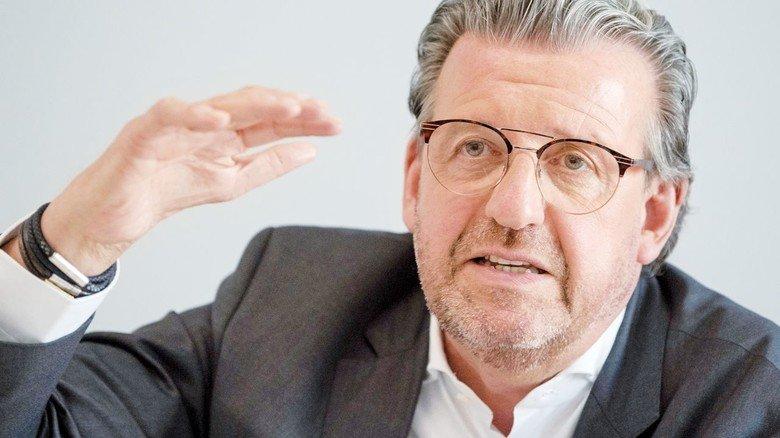 """Stefan Wolf, Vorsitzender des Arbeitgeberverbands Südwestmetall: """"Wir müssen vorsichtig sein, aber die Wirtschaft hochfahren."""""""