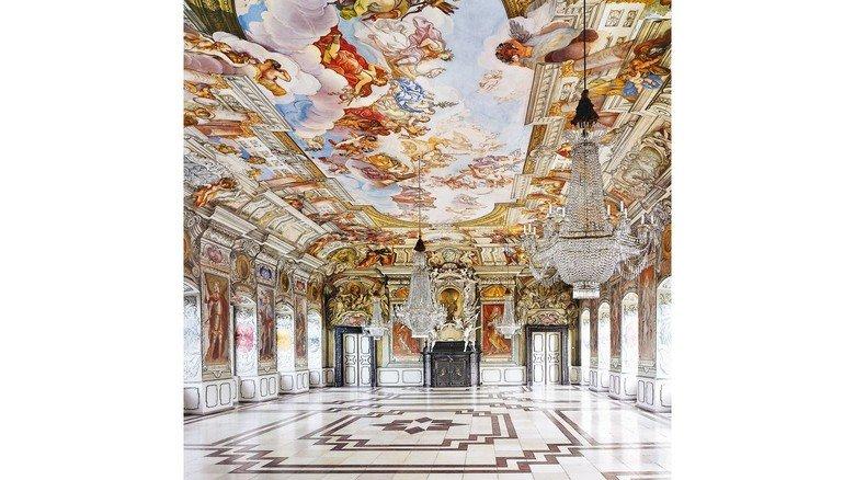 Barock: Der schmucke Kaisersaal der Bamberger Residenz.