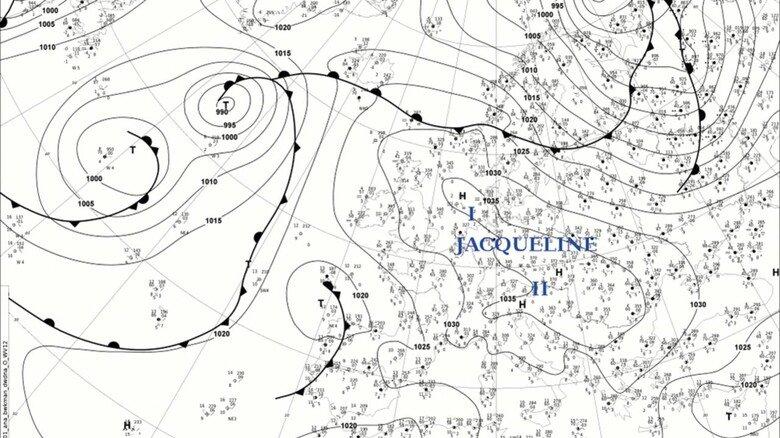 Verewigt: So sieht eine Wetterkarte für Taufpaten aus.