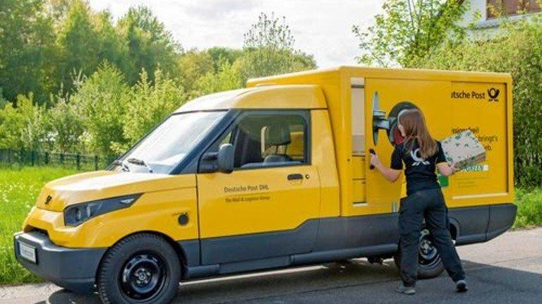 Streetscooter im Einsatz: DHL setzt auf die E-Mobilität made in NRW. Foto: DHL