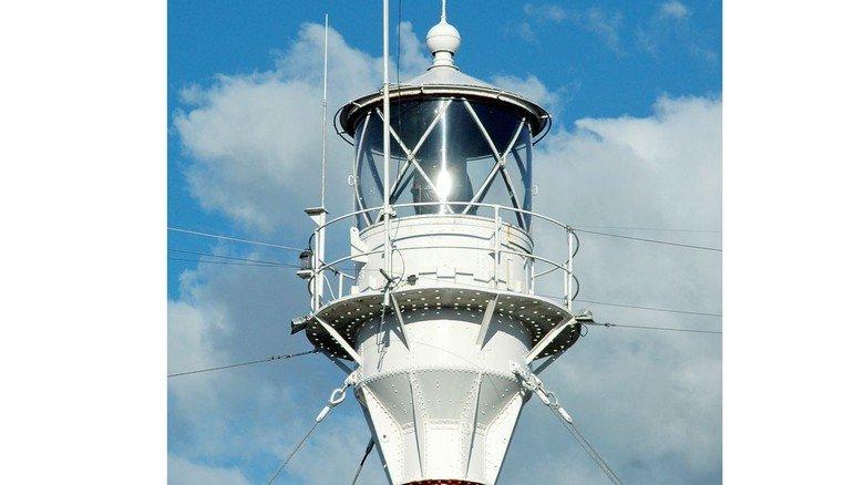 Das Herz des Feuerschiffs: Das Leuchtfeuer (links) sitzt auf einem elf Meter hohen Mast und wurde in den ersten Jahren mit Ölgas betrieben.