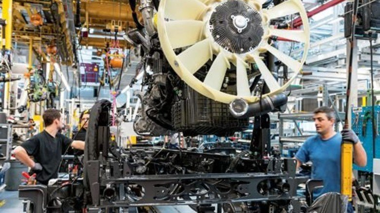 Fertigung in Deutschland: Jede Stunde Arbeit kostet die Betriebe deutlich mehr als 2008. Foto: Werk
