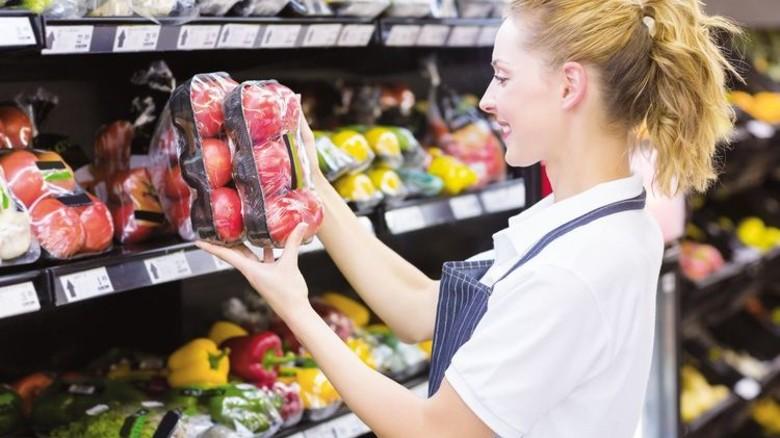 Nützlich: Kunststoffschalen sind aus dem Supermarkt nicht wegzudenken. Foto: Adobe Stock