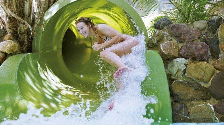 Rasant: Die Wasserrutsche im Spaßbad der Bispinger Anlage. Foto: Center Parcs