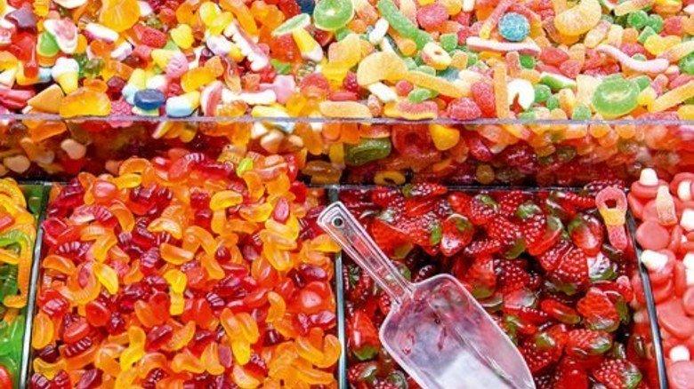 Dauer-Hit: Die meisten Kinder kaufen vom eigenen Geld Süßigkeiten. Foto: Fotolia