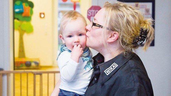 Beispiel Wika: Mütter wollen schneller wieder in den Job: Im Werk Klingenberg gibt es eine Betriebskita und Ferienbetreuung. Foto: Werk