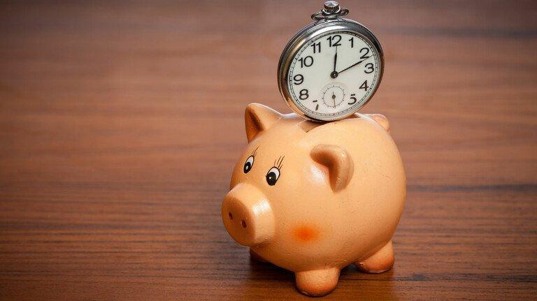 Zeit ansparen: Ein Lebensarbeitszeitkonto kann für längere Auszeiten oder einen früheren Renteneintritt genutzt werden.