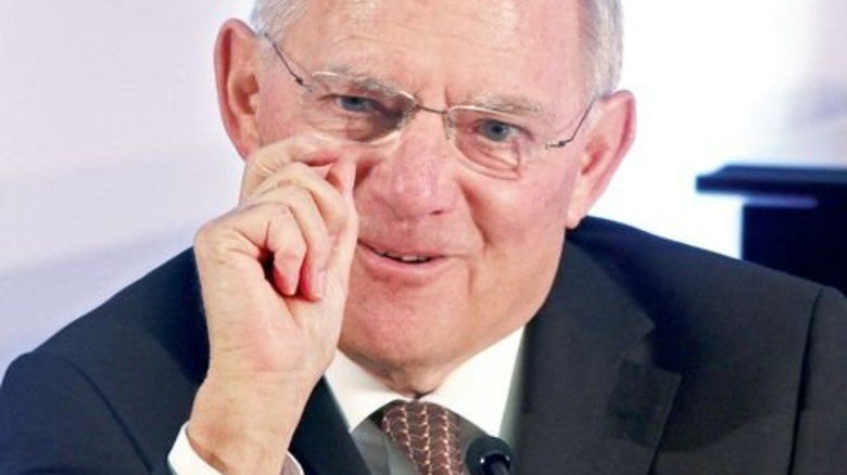 Es gibt was zu verteilen: Wolfgang Schäuble muss sich gegen Begehrlichkeiten wehren. Foto: dpa